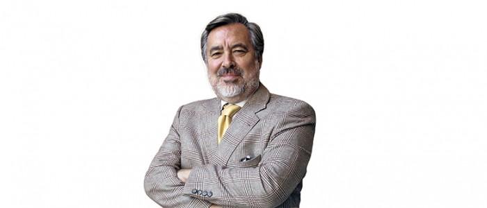 """Alejandro Guillier: """"Es equivocado decir que los medios ejercen un cerco informativo"""""""