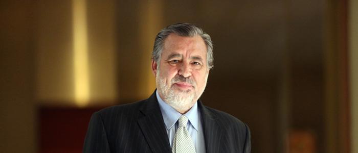 """Alejandro Guillier: """"Espero que el mundo progresista entienda lo que está en juego"""""""