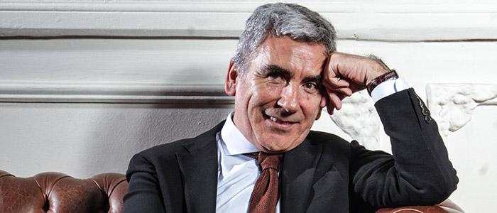 """""""Si Piñera quiere entrar en nuestra historia política, debe modernizar a la derecha"""""""