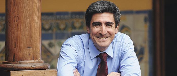 Los vínculos con Chile del nuevo ministro de cultura peruano