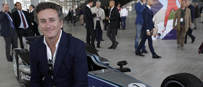 CEO de la fórmula e se reúne con empresas de litio